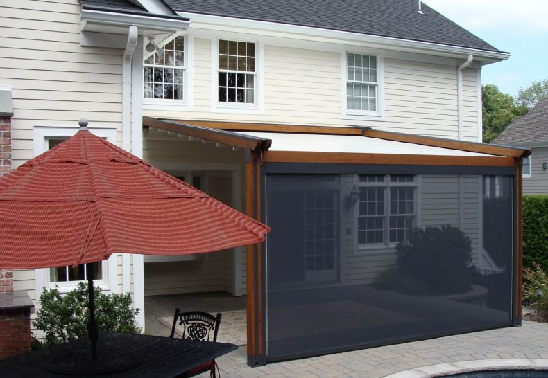 Retractable Awnings:  To Retract or Not to Retract -That Is the Question