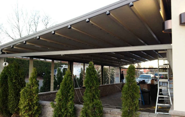 Delicious Heights Outdoor Patio Awning
