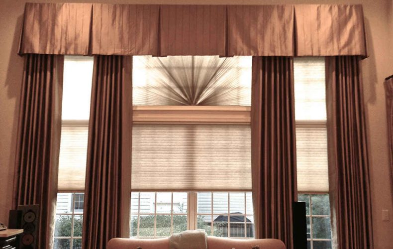 Inverted Box Pleat Valance With Panels