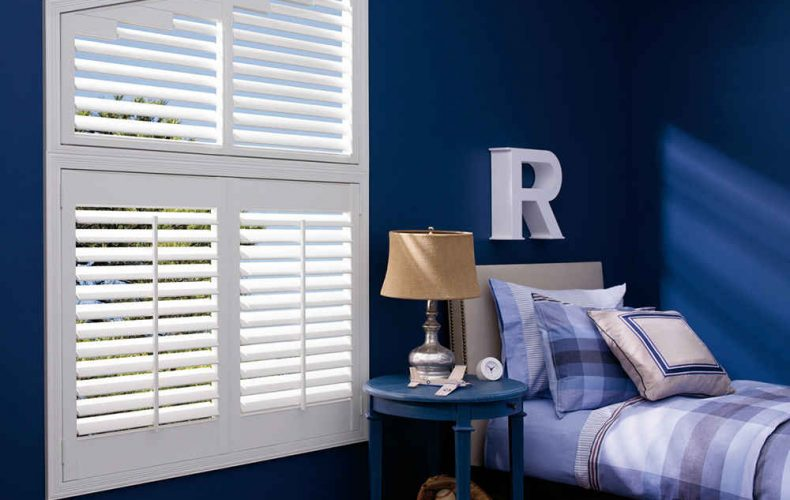 Palm Beach™ Polysatin Shutters With Ange Top