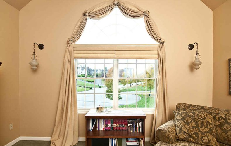 Traditional Swag For Arch Window