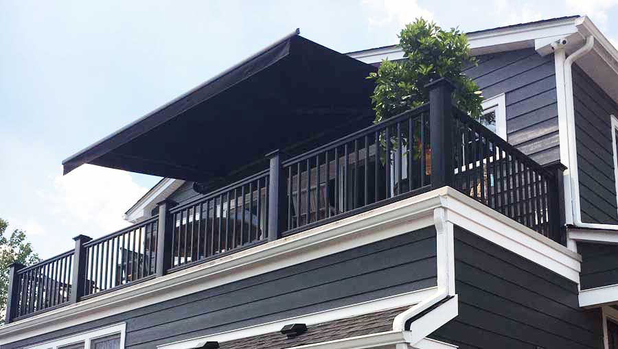 Retractable Awning at The Farm At Green Village