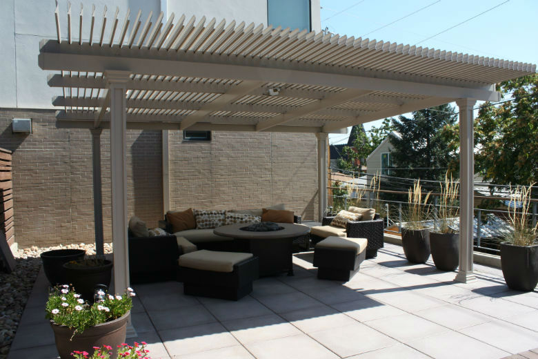 Motorized Louvered Roof Retractable Pergola